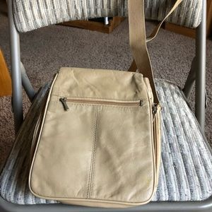 New Buxton Tan Leather Crossbody Leather Purse